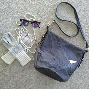 MARC JACOBS/GRAY LEATHER- OUTSIDE ROUND POCKET BAG